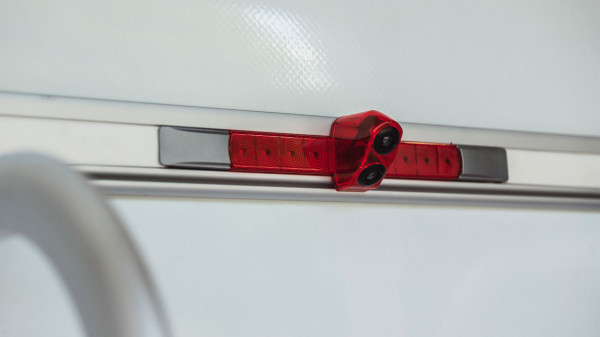 Double reversing camera, integrated into the 3rd brake light