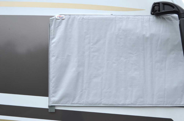 Set exterior insulated screen cover